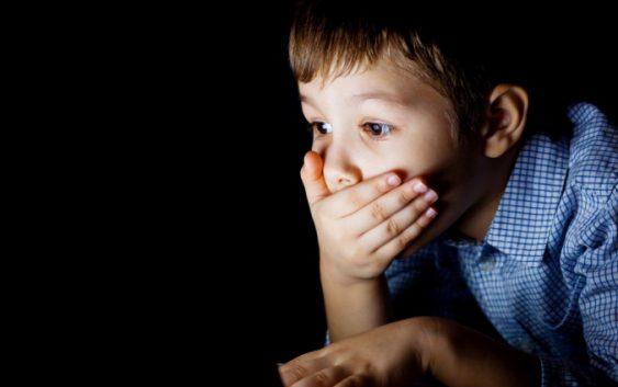 Opasnosti koje vrebaju na internetu, evo kako zaštititi dijete.